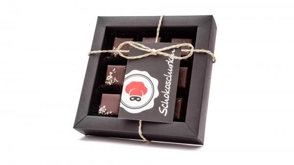 Aprikosenkernmus-Cranberry-Pralinen 9er Schachtel